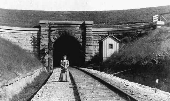 Blue Ghost Tunnel - Merritton Tunnel historic photo