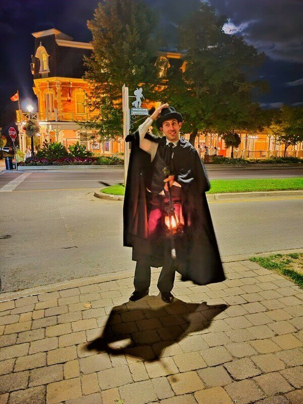 Sir Lawrence in Niagara on the Lake Ghost Walks